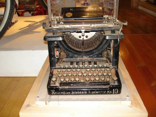 madsonian-museum-of-industrial typewriter